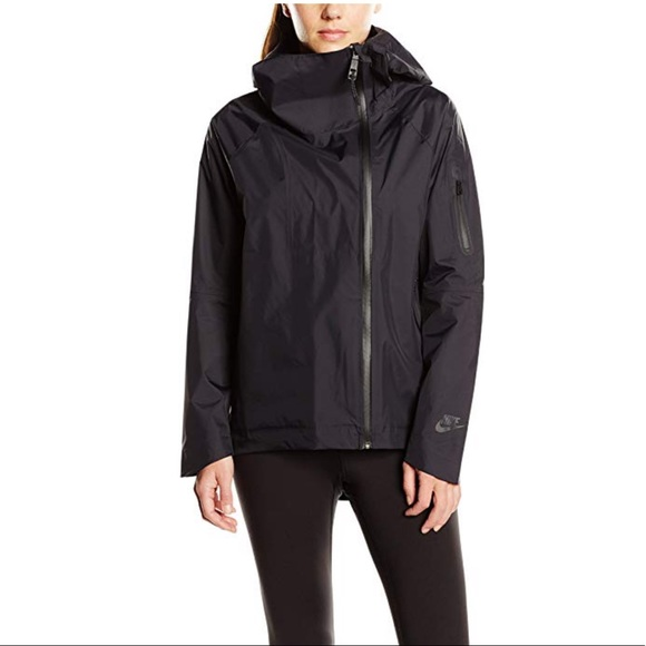 db9fe444d Nike H20 Woven Cape Womens Waterproof Jacket. M_5bcb79f9c9bf505ea97722ac